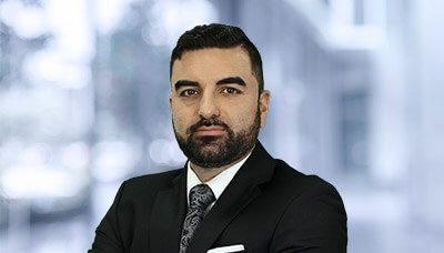 Moussa Sabzehghabaei 律师
