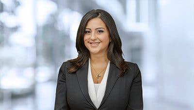 Rachelle Mitri 律师