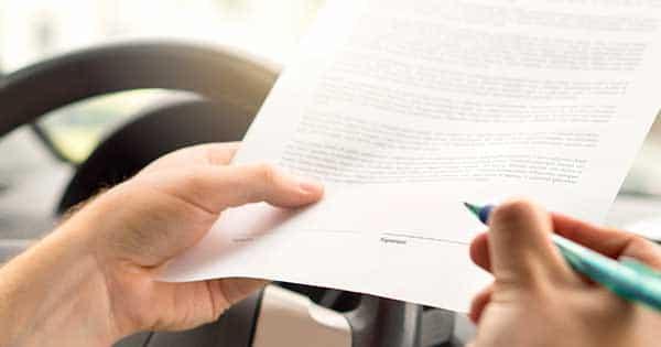 Should You Accept an Auto-Insurance Settlement Offer?